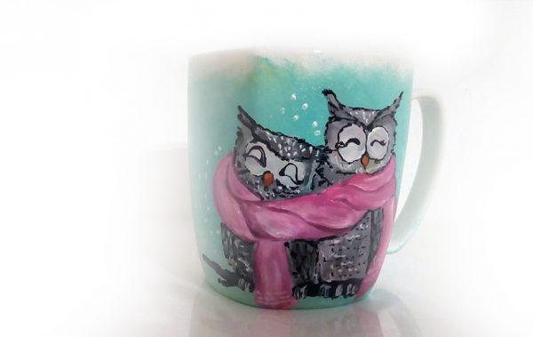 Owl you need are books. Cană pictată.