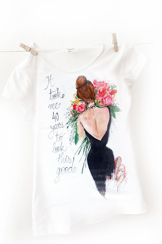 Femeia la 40 ani, tricou personalizat, cadou aniversar.