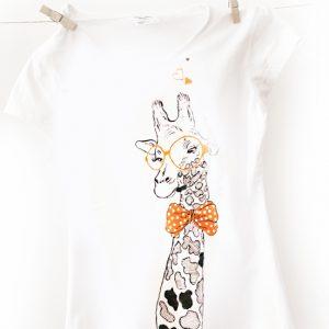 Tricou pictat manual cu girafă. Tricouri personalizate.
