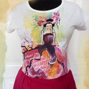 Tricou pictat cu gheisa, Tricouri personalizate