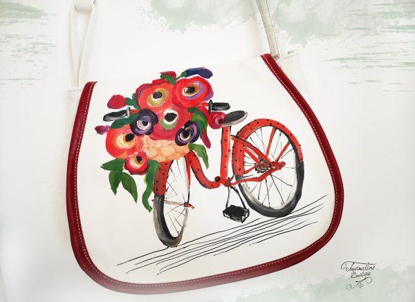 Geanta din piele pictată cu flori rosii