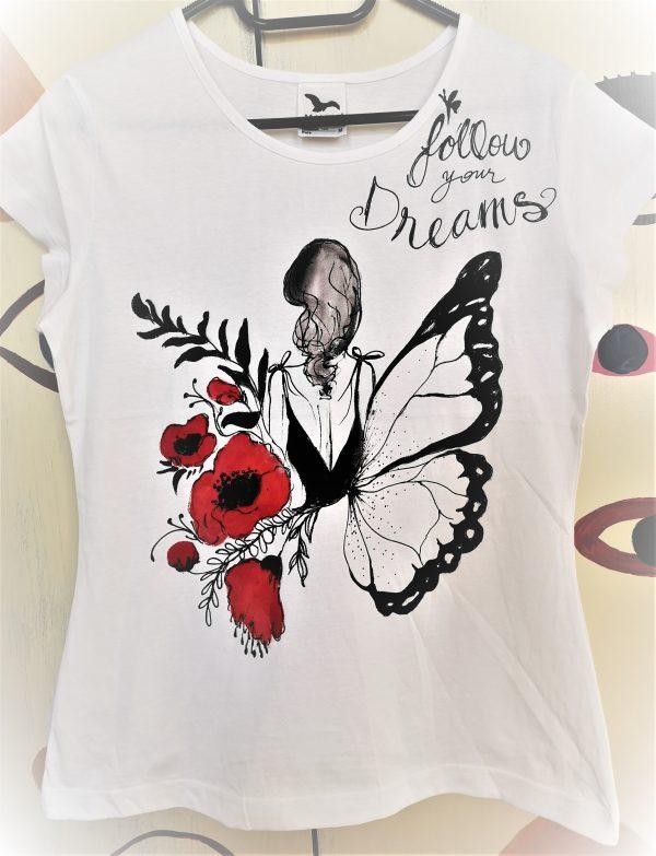Tricou pictat manual cu fluture și maci. Follow your dreams