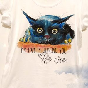tricou pictat cu pisica si mesaj